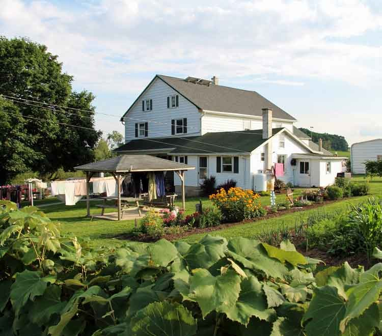 Lancaster Farm Bed And Breakfast Mennonite Amp Amish Farm Stay